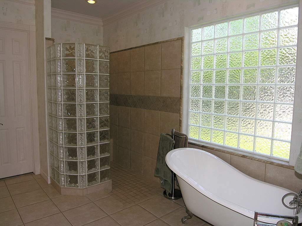 stupendous bathrooms glass block shower designs glass block showers small bathrooms glass block shower